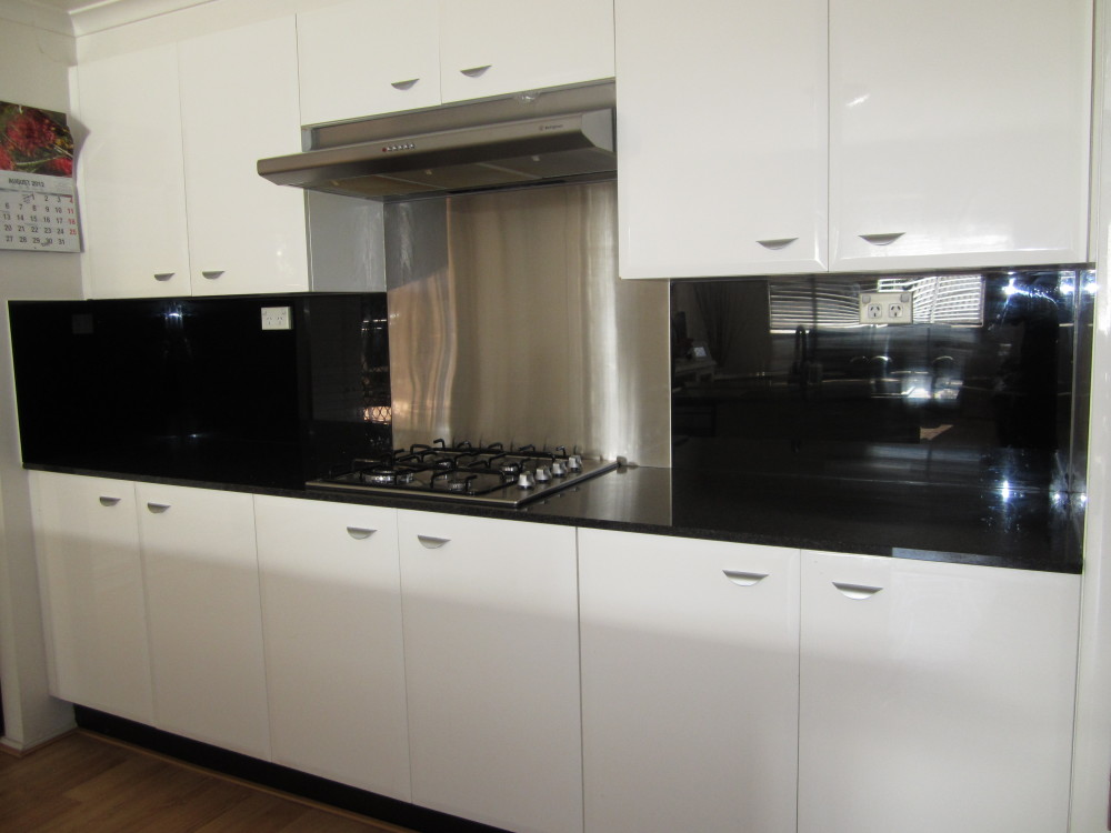 Acrylic Splashbacks With Metaline Insert Behind The