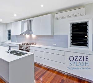 Metaline Splashback installed by OzzieSplash in Palladium Perle