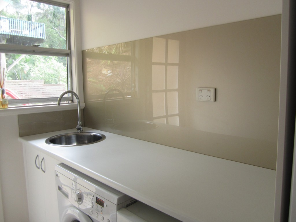 Laundry ozziesplash pty ltd - Glass splashbacks usa ...