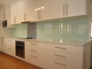 Acrylic Splashback High Point in Colour with Metaline Insert in Brushed Aluminium
