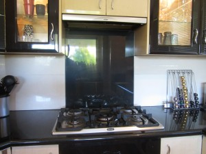 After Metaline Splashback in Black
