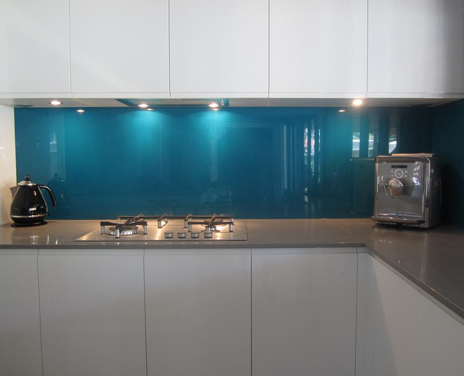 Metaline splashbacks ozziesplash pty ltd - Paraschizzi cucina plexiglass ...