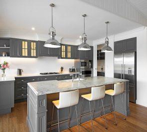 Grey Kitchen and White Glass Splashback
