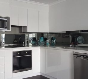 mirror splashback in silver black