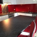 Great Look – Red Acrylic Splashback with Metaline insert behind the cooktop