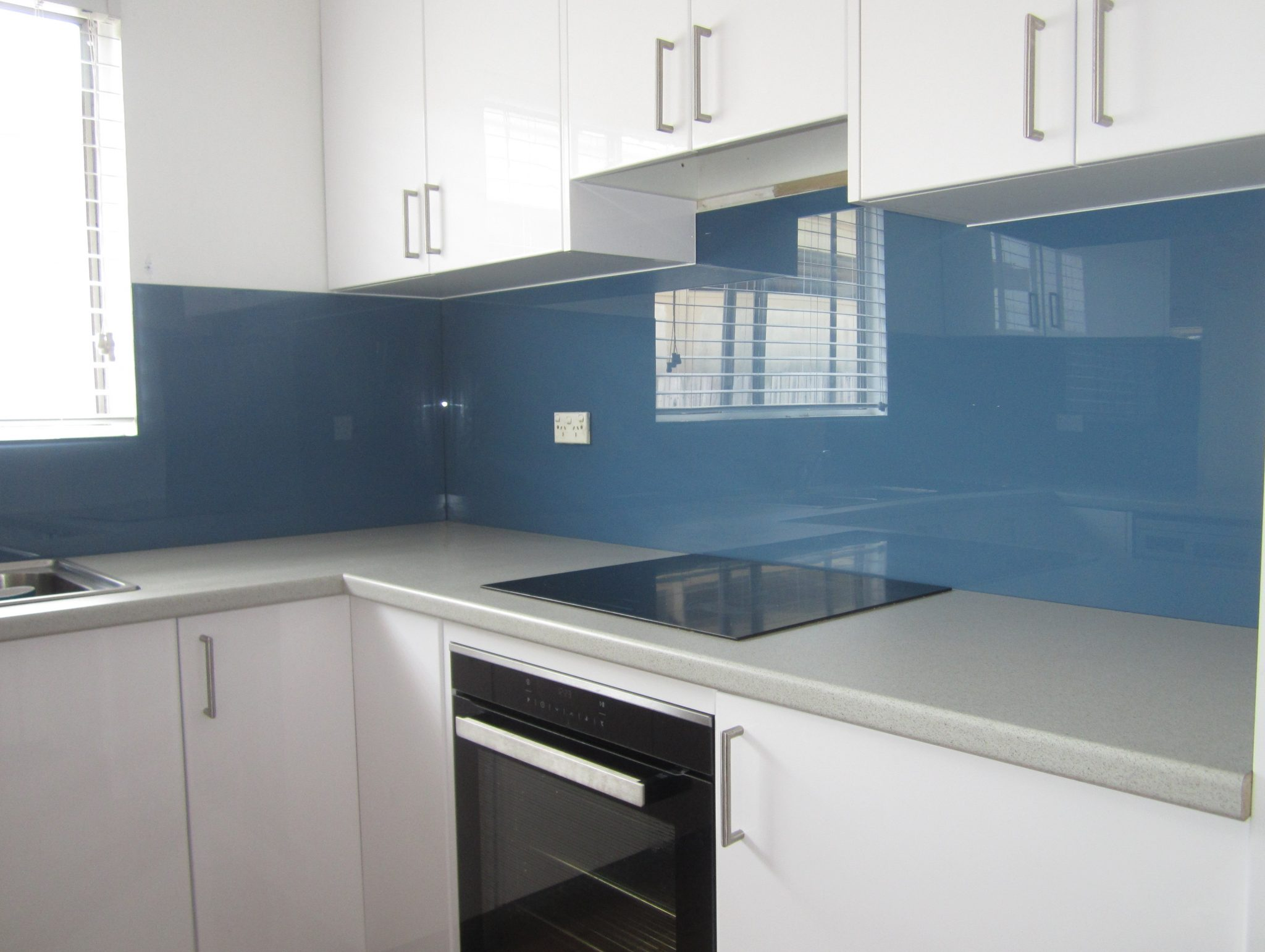 kitchen design splashbacks kitchen splashbacks in glass ozziesplash pty ltd 153